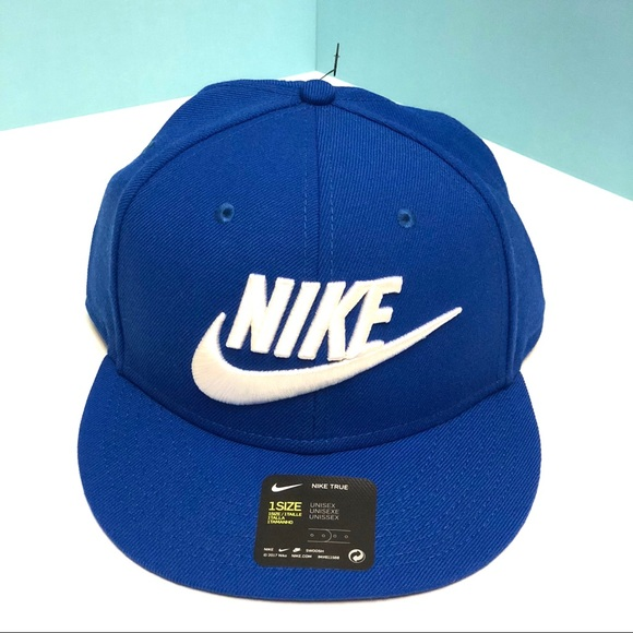 3324ffafe6e935 Nike Accessories | Futura True Snapback | Poshmark